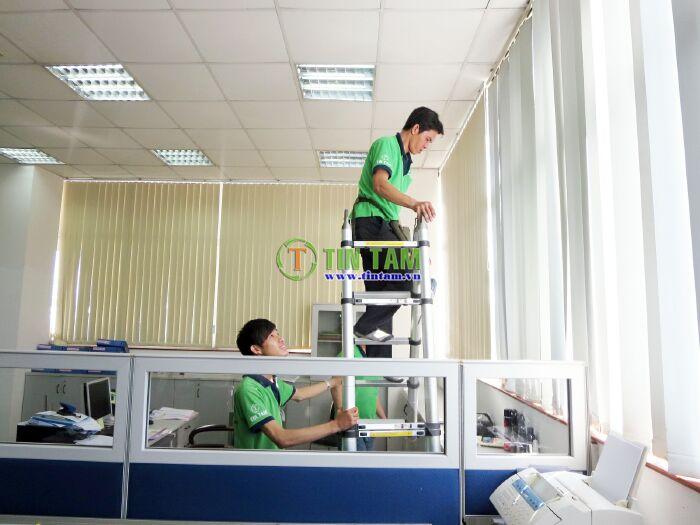 thi công rèm sáo văn phòng hcm