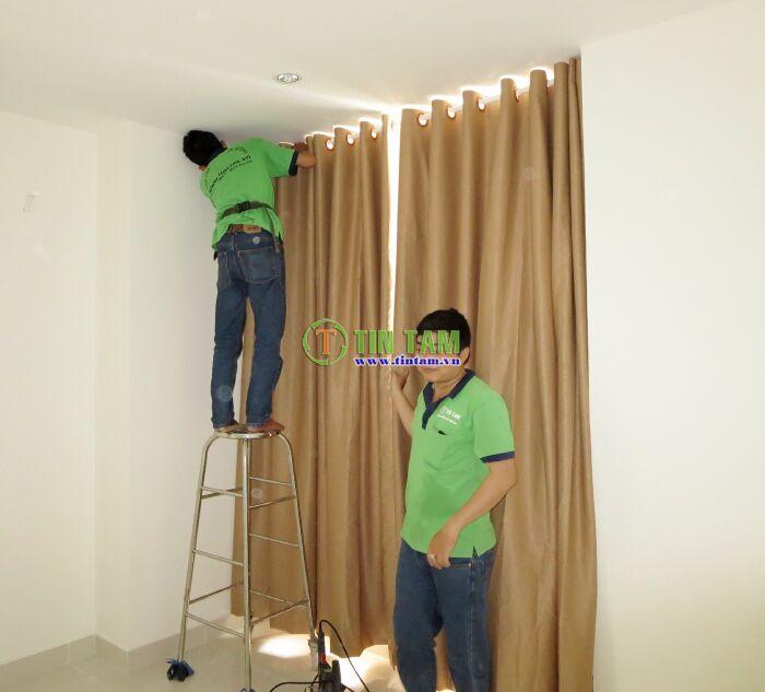 thi công ráp màn vải cao cấp chống nắng