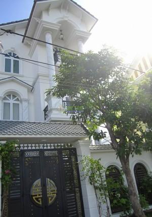 Rèm cửa biệt thự Nguyễn Hữu Chí Huyện Bình Chánh TPHCM