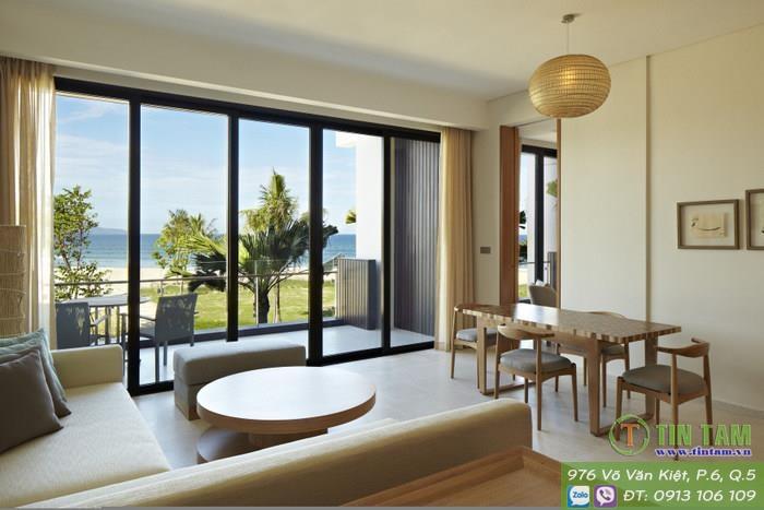 man-cua-phong-khach-hyatt-regency-danang-resort-spa