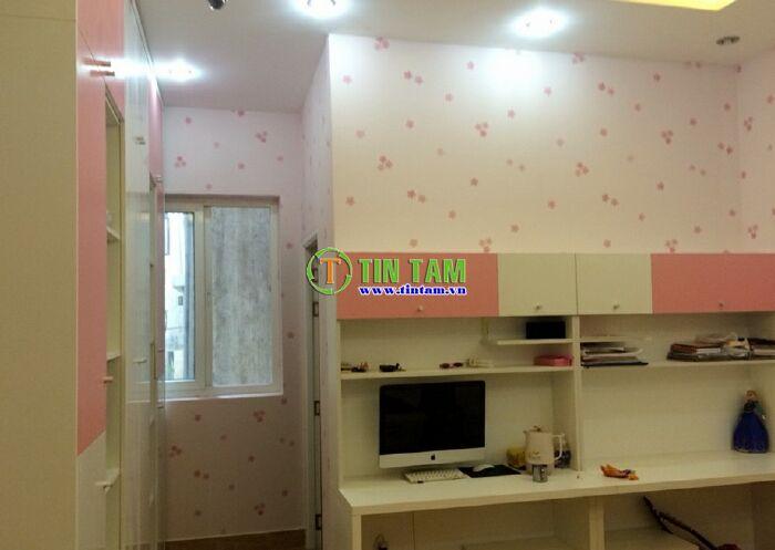 thi-cong-giay-dan-tuong-dep-tphcm-1437317371672_5393