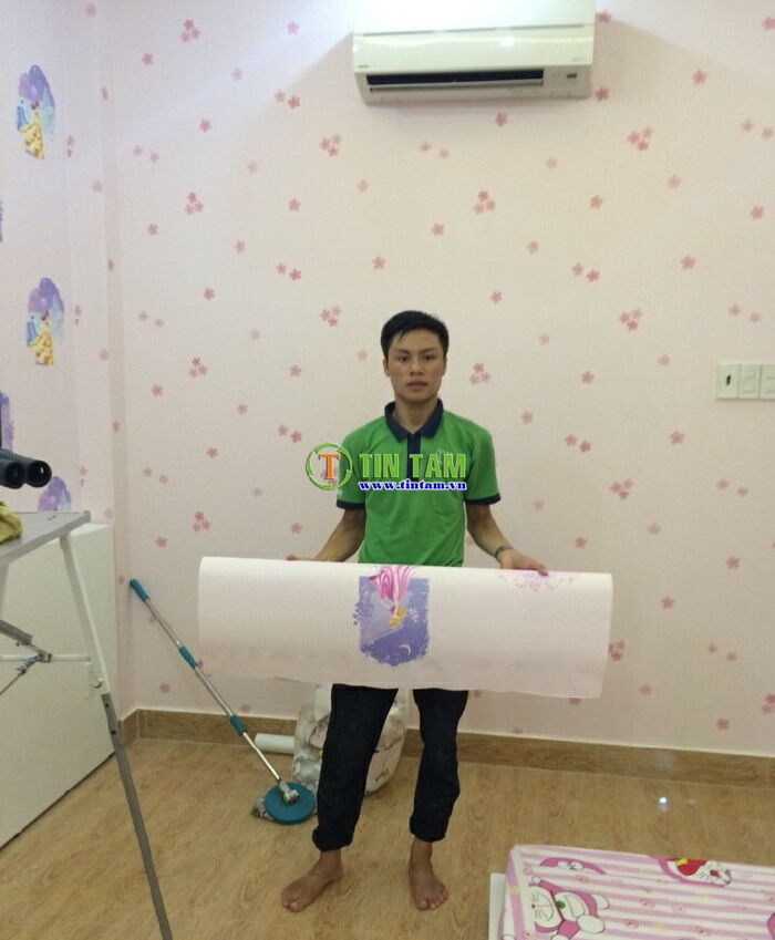 thi-cong-giay-dan-tuong-dep-tphcm-1437317371676_5396
