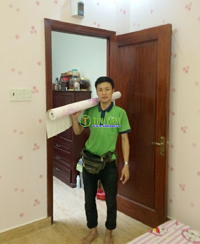 thi-cong-giay-dan-tuong-dep-tphcm-1437317371677_5397